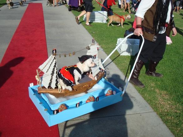 Howlloween Pet Parade 2014 110
